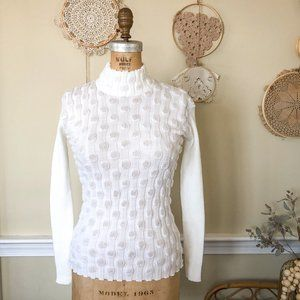 Vintage 70s quirky white knit turtleneck sweater S